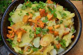 Картофельная жаренка с Лисичками