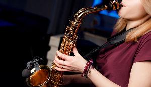 Вечер живого саксофона